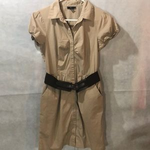 Tan safari look dress with belt and side pockets